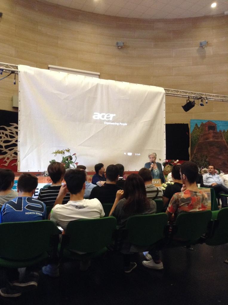 Rita Borsellino parla con gli studenti di Gela